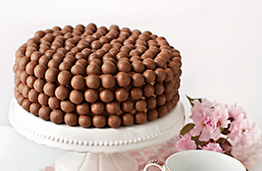 Receta de tarta doble chocolate con Maltesers 3